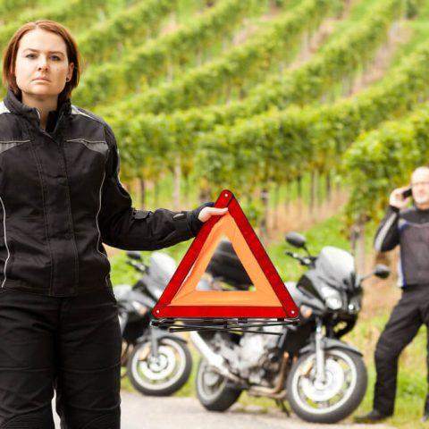 Co powinno być na obowiązkowym wyposażeniu motocykla?